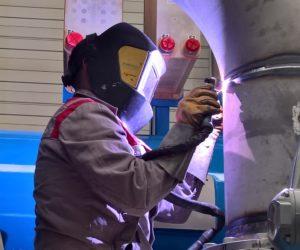 Ausführen von Schweissarbeiten in unserer Werkstatt